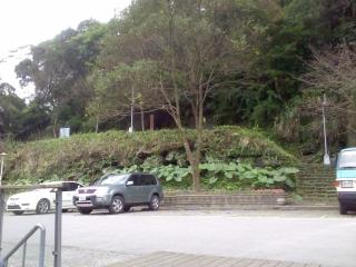 20120118_21烏来_台湾高砂義勇隊戦没英霊記念碑.jpg